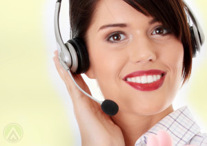female-spanish-call-centers-agent