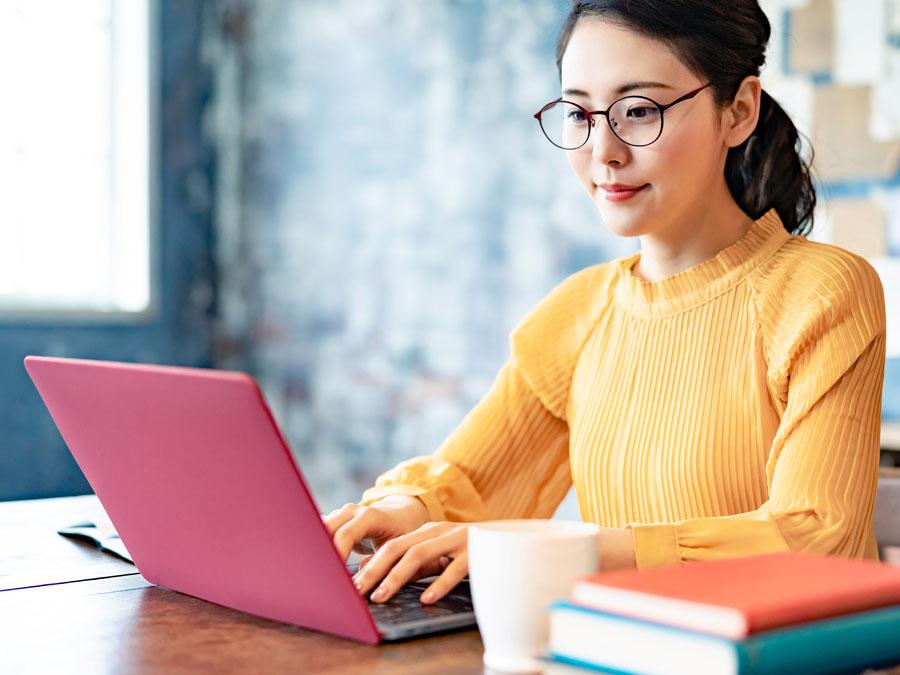 smart content writer working laptop