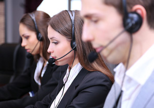 busy-call-center-agents