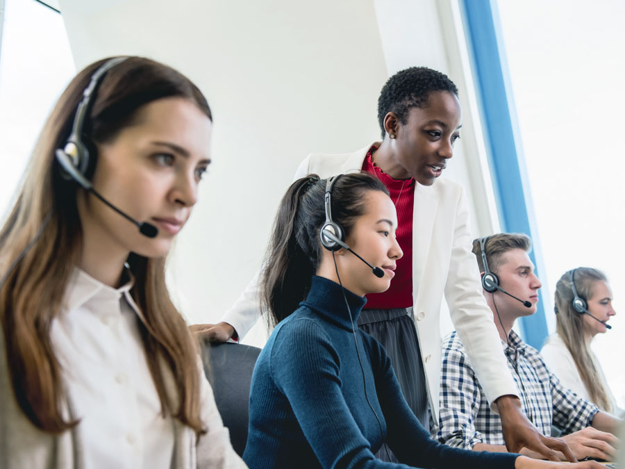 customer support team in onshore outsourcing call center