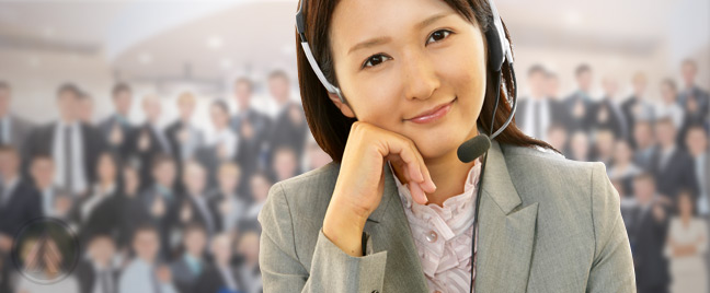smiling-female-multilingual-call-center-agent