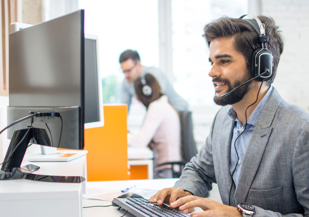 tech support outsourcing agent busy in call center