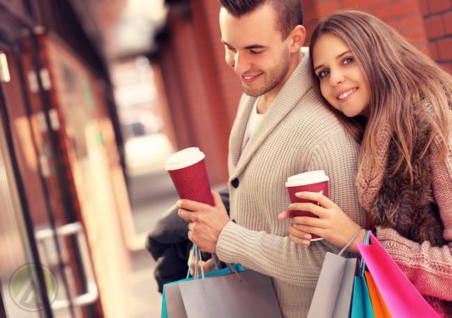 couple-window-shopping