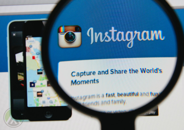 magnifying-lens-over-Instagram-social-media-marketing