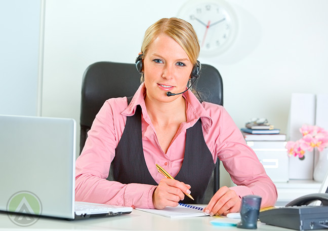 Calm-and-unhurried-call-center-agent