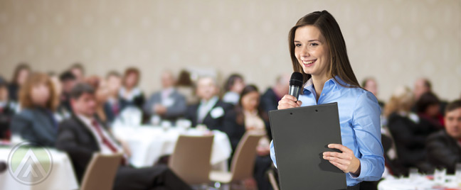 corporate-event-lead-by-female-host