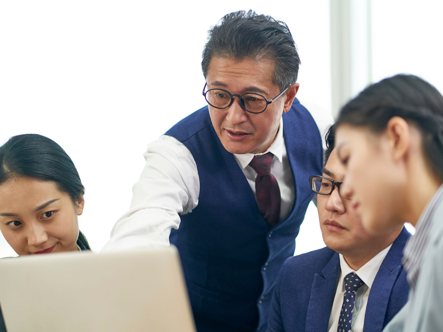 Chinese ecommerce decision made by business executives