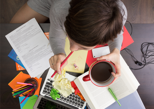 writer-with-laptop-thinking-of-writing
