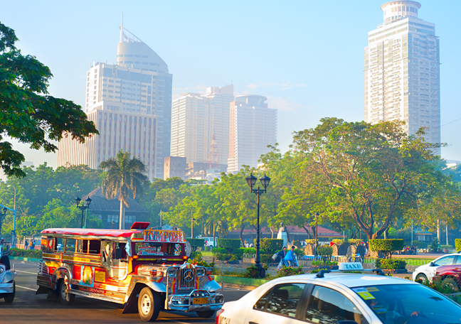 external-shot-of-a-street-in-the-Philippines-with-buildings-in-the-distance