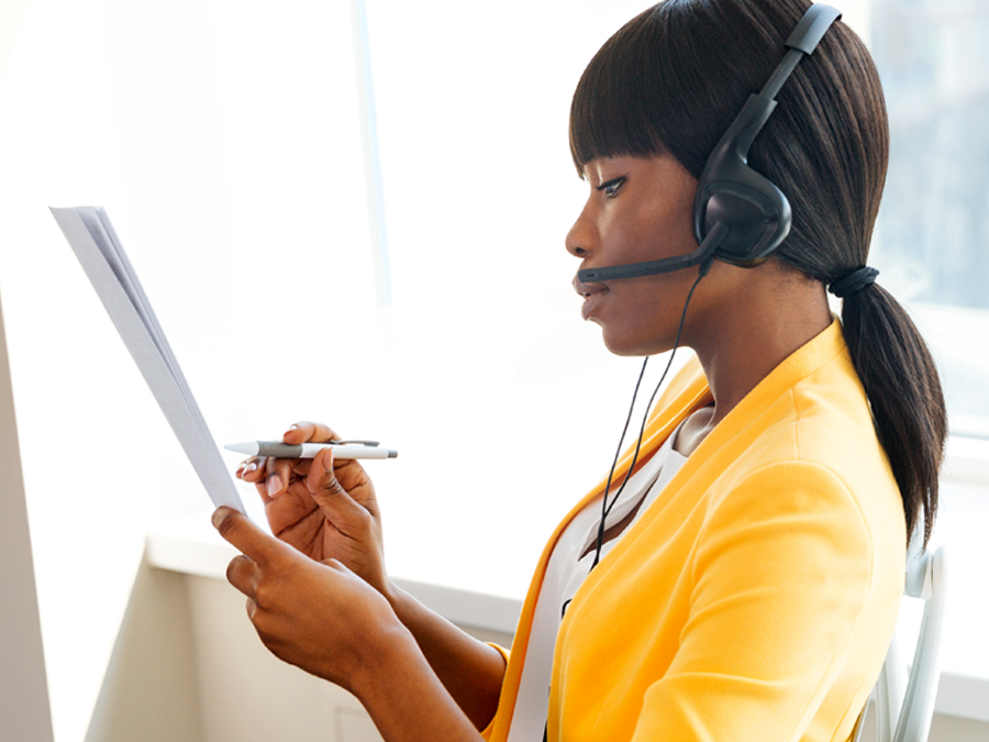 call center agent reading customer support script