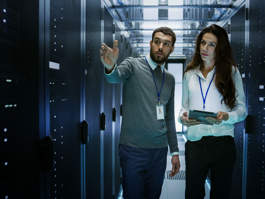 it personnel pointing server to data security manager