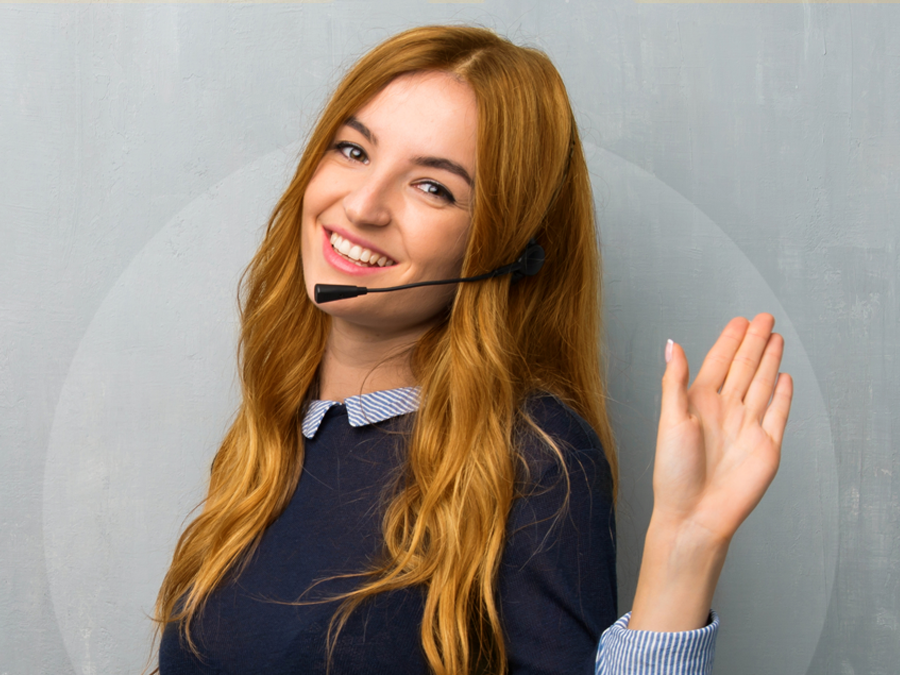 pleasant call center agent saying hello during customer service call