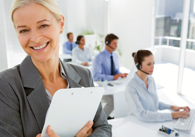 call center manager with customer service team