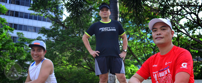 NYC marathoners posing in park