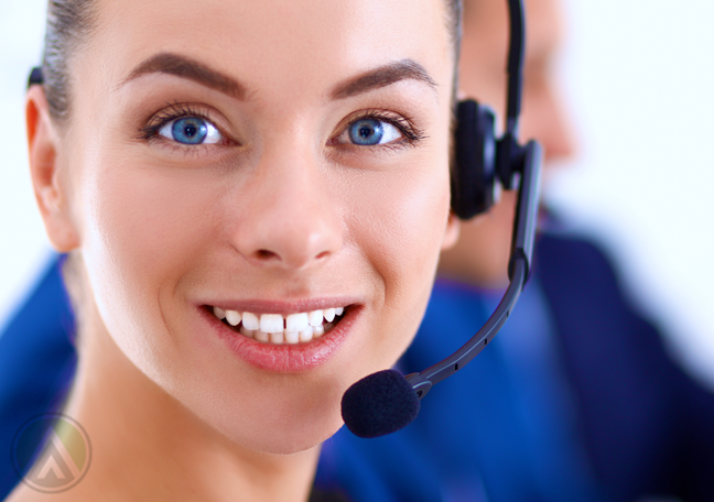 customer service employee with blue eyes