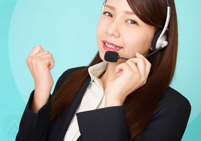 motivated call center agent speaking to customer