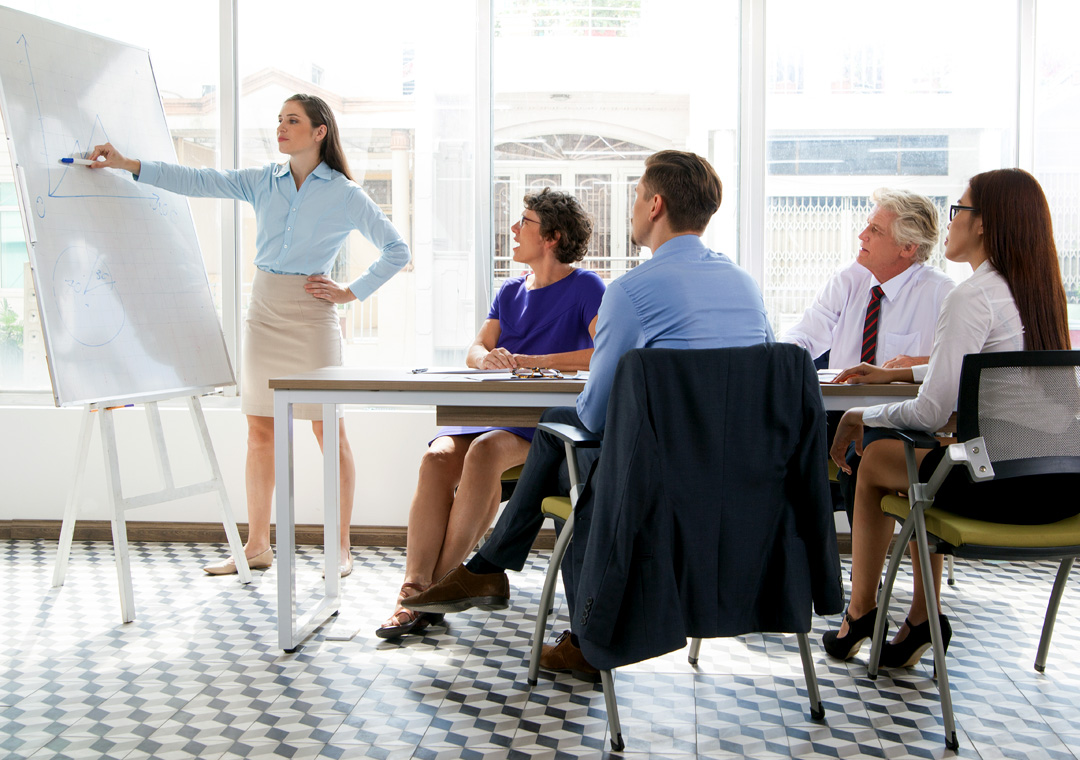 call center team leader facilitating training sessions